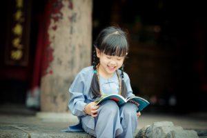 Con cái có cần phải dạy? Tu thế nào khi con cái ngỗ nghịch, khó bảo?