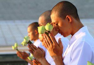 Tụng Kinh Niệm Phật bắt buộc phải Quy Y?